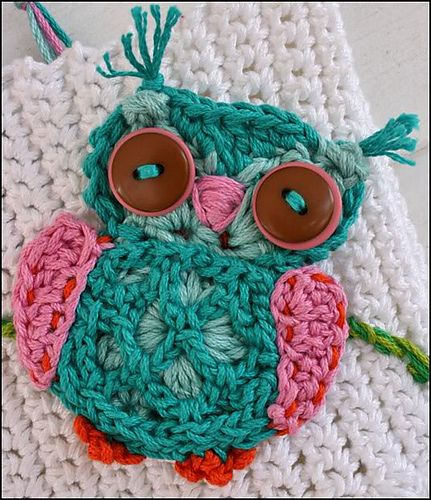 Owl crochet applique