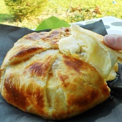 APERITIVO*: Queso brie en hojaldre con mermelada de albaricoque - Receta - Canal Cocina