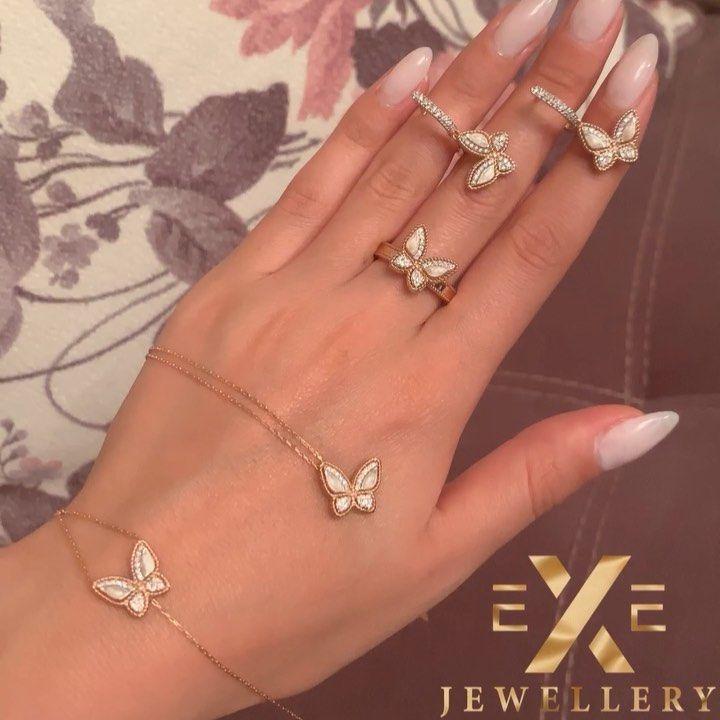 Ezizlerinizi Ve Sevdiklerinizi Exe Jewellery Nin Goz Qamashdiran Modelleri Ile Sevindirin Exe Jewellery Catdirilma Xidmed Jewelry Jewels Diamond Bracelet