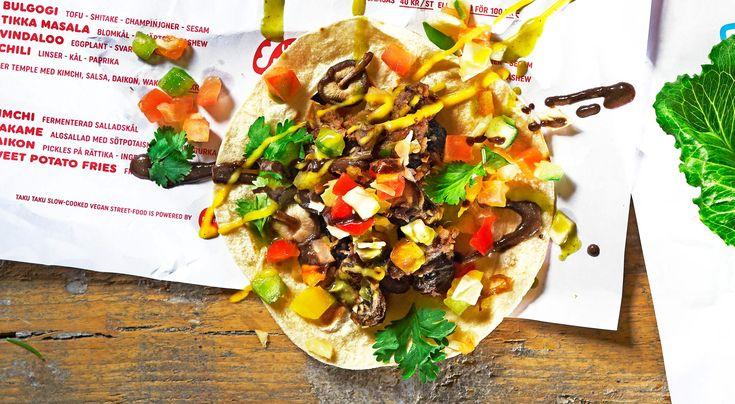 Recept på vegansk bulgogi. Bulgogi är en koreansk kötträtt där marinerat och strimlar kött ofta steks direkt vid bordet. Pulled oats är ett vegoprotein gjort på havre och bondbönor.