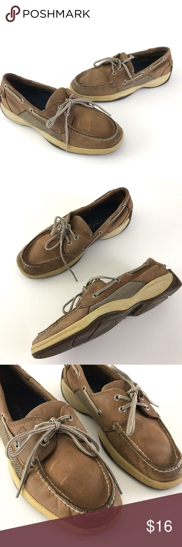 Sperry Top Sider Men's Boat Shoes Sperry Top Sider   Men's Brown Leather Lace Up Boat Shoes Size 8.5   Pre owned Shoes, has Signs of Being worn  Has Yellowing along Trim. Scuffs/ Stains  Any & All Flaws are Shown in Photos  Original Box is Not Included    Item comes from a pet free/smoke free clean environment  please contact me for any additional questions  I offer combined shipping Sperry Top-Sider Shoes Loafers & Slip-Ons