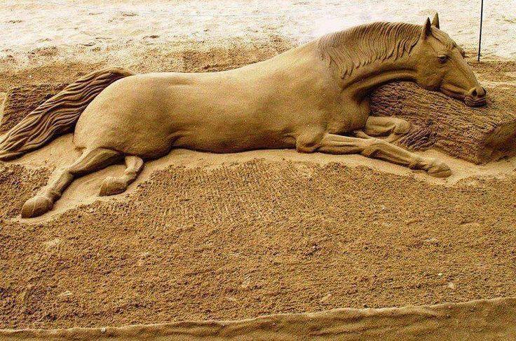 Amazing sand art!!.