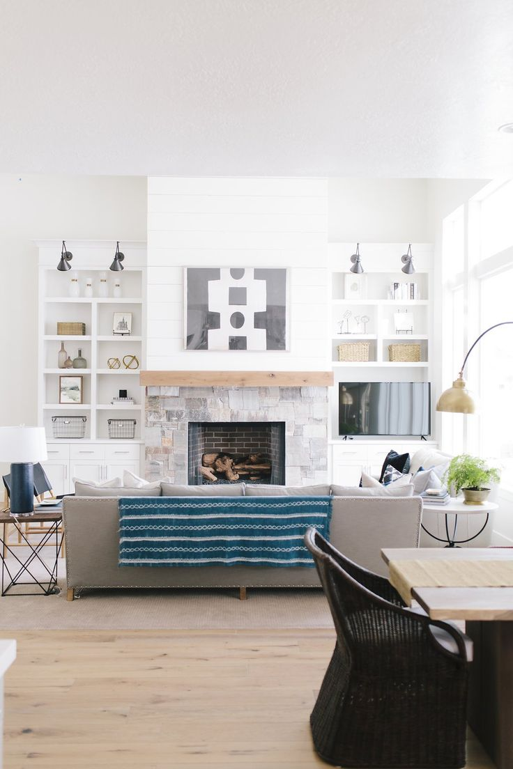 Today we are showing off this beautiful Living Room from the Mapleton Project. Our goal in this space was to keep things functional for a family with kids while still keeping it modern and pretty. We went back and forth with adding color in the space but in the end decided to stick with blacks, …