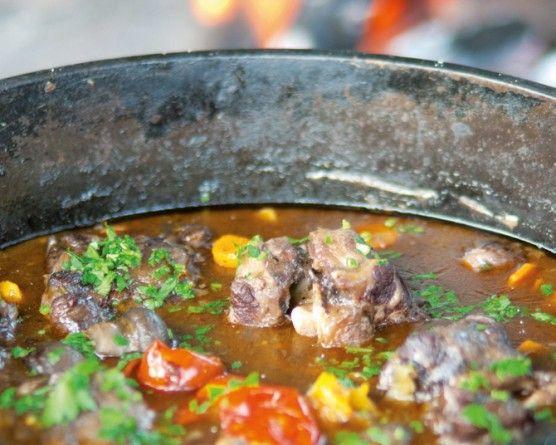 My favourite oxtail potjie recipe | Getaway Travel Blog