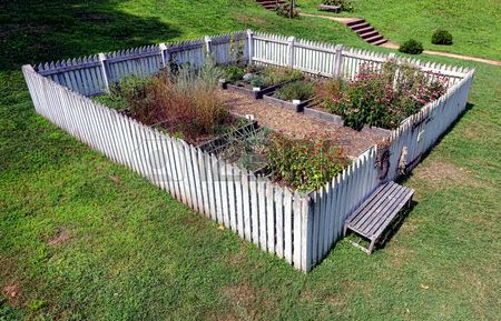 78 Ideas About Picket Fence Garden On Pinterest Picket