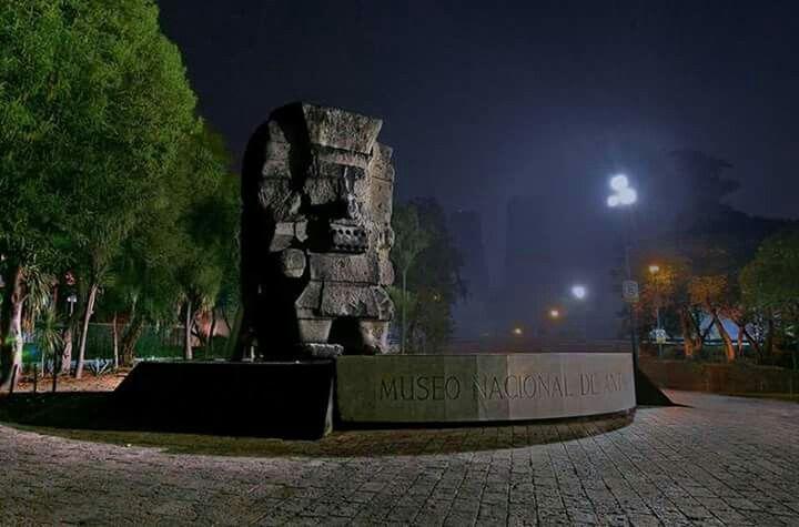 Tlaloc Dios de la lluvia a la entrada del Museo de antropología de Chapultepec en la CDMX
