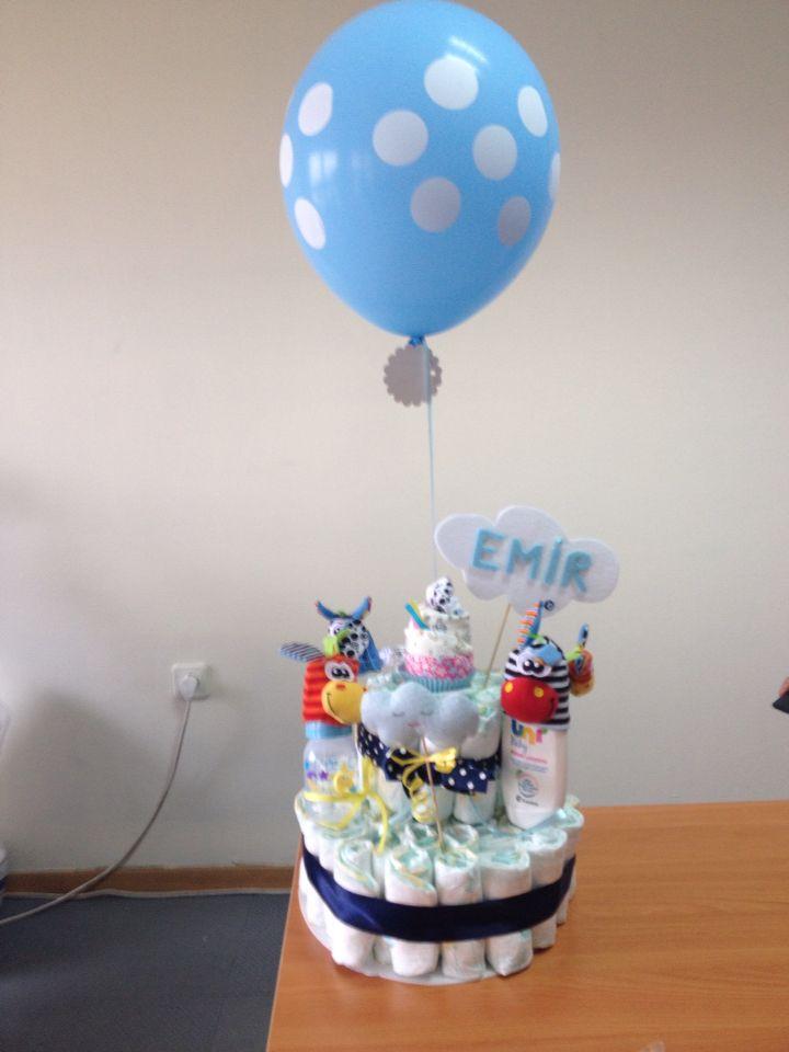 Emir icin hazirladigimiz bebek bezi-pasta! En guzel hastane hediyesi !