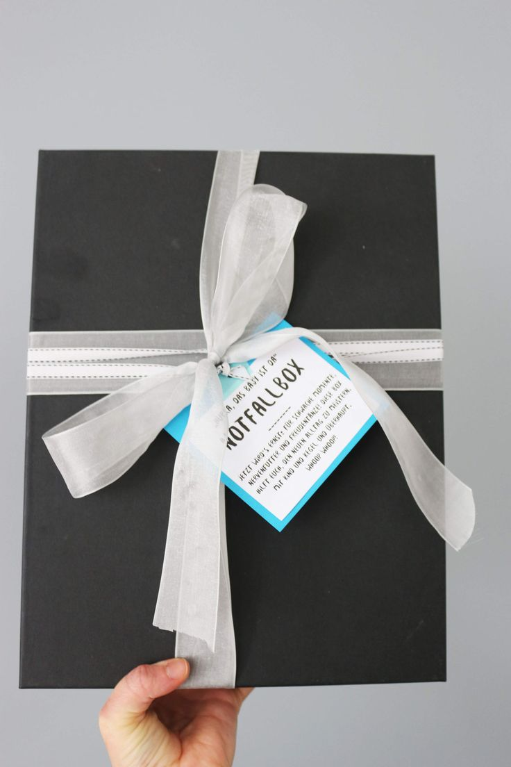 die besten 25 geschenke f r werdende eltern ideen auf pinterest pullerparty geschenk f r. Black Bedroom Furniture Sets. Home Design Ideas