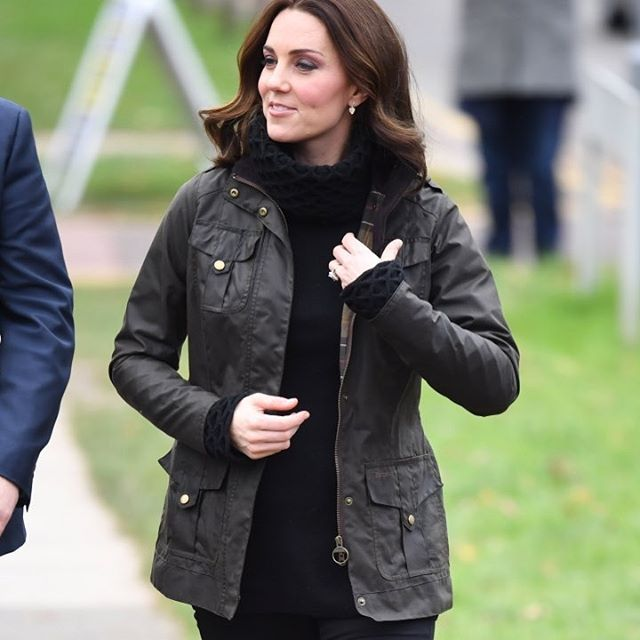 2017/11/29 19:39:49 _ladyvalerie_ The Temperley Honeycomb jumper makes a return today 😍 also her barbour wax coat and penelope chilvers boots ❤️ #duchessofcambridge #duchesskate #katemiddleton #katemiddletonstyle #temperley #barbour #royal #british
