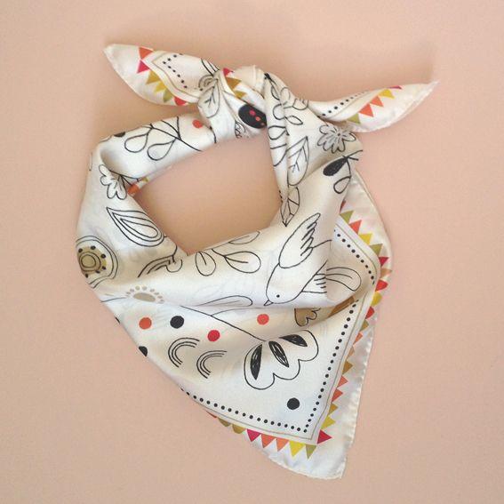 foulard en soie carré 65 x 65 cm100% soie, fabriqué en France édition limitée Mini labo