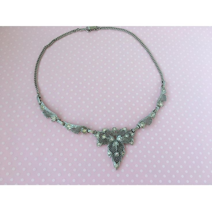 Frosty Leaf Necklace