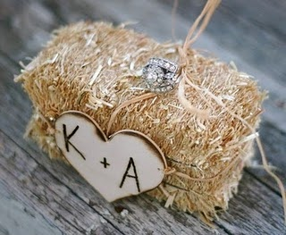 hay wedding favor/ decoration