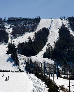 Skiing at Blue Mountain Ski Resort in the Poconos - 1000' vertical drop and close to Philadelphia