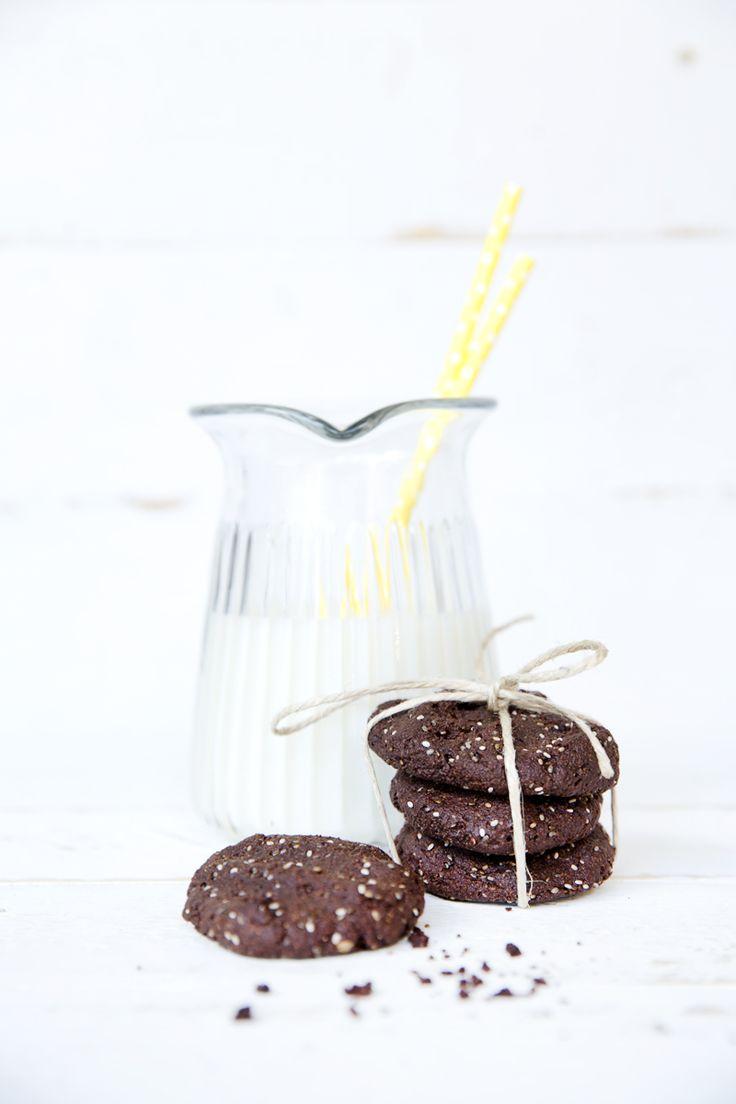 Make This: Almond, Chia, Chocolate Cookies | Move Nourish Believe | For 120 recipes of nourishing inspiration head to lornajane.com/nourish