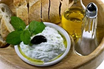Соус Дзадзики - самый популярный в Греции