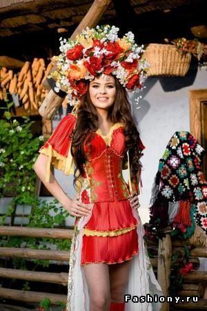 Классный современный украинский костюм