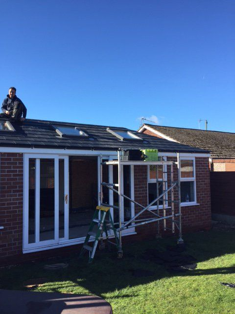 "Prefix Systems on Twitter: ""Our WARMRoof being installed today by @TJConservatory #conservatory #manchester #WARMRoof https://t.co/aRPuwimexE"""
