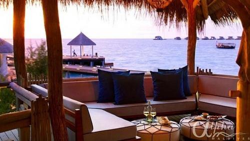 treehouse-lounge    Viceroy Maldives Resort & Spa by Alpha Maldives - Maldives Luxury Resorts  https://www.alphamaldives.com/resort/viceroy-maldives-resort_135_home_0.html