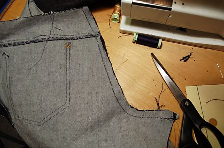 How to sew the jeans seams like the pros does