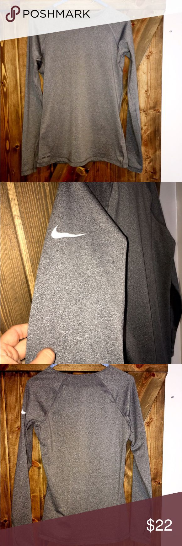 Nike Pro mild insulated long sleeve Thumb holes and soft warm Fabric on the inside. Perfect for the chilly weather! Worn twice. Nike Tops Tees - Long Sleeve