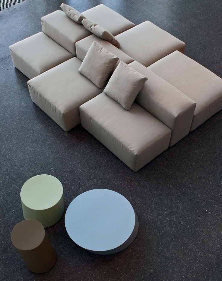 218 best la cividina images on pinterest couches for Modelos de oficinas
