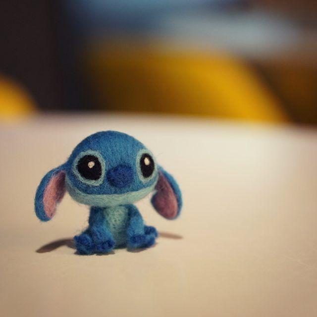 Cute Needle felting wool animal Lilo & Stitch(Via @leonthefelter)