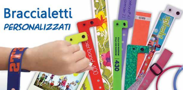 Braccialetti personalizzati. Tantissimi modelli disponibili: braccialetti in plastica, braccialetti per bambini, supereconomici in carta, braccialetti con codice a barre,  braccialetti WRISTICKET, braccialetti personalizzati in silicone, braccialetti METALLIZZATI.