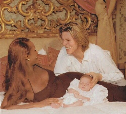 2000 - David Bowie and his wife Iman with their daughter Lexi.