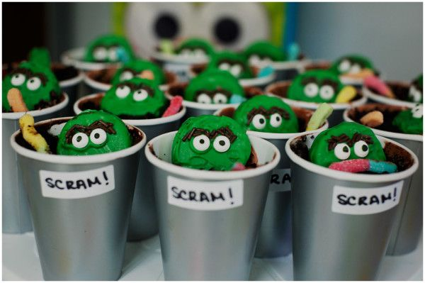 Sesame Street First Birthday Party | Oscar the Grouch | Child Photography | Lucy Dennis Chicago Photographer