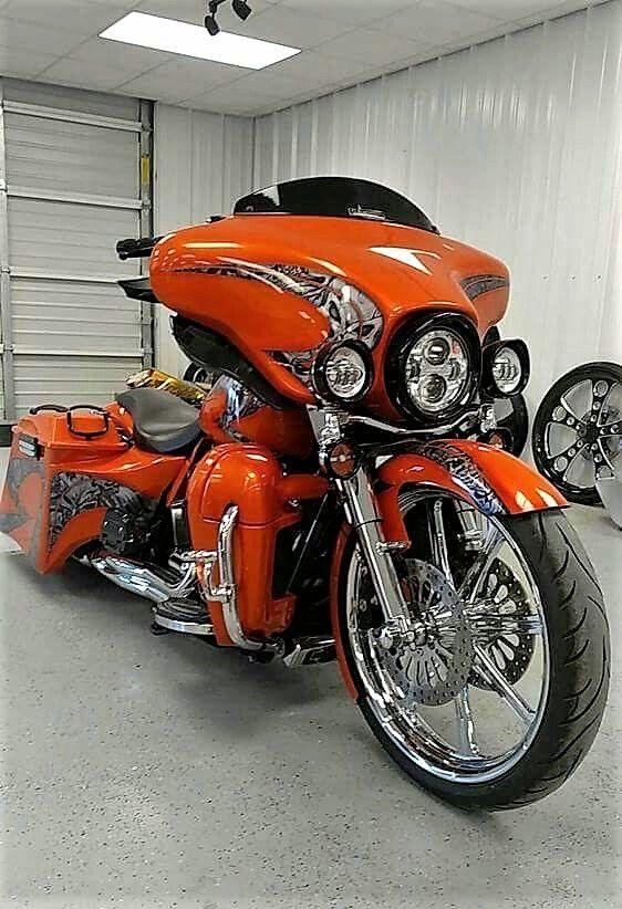 Street Glide #harleydavidsonstreetmotorcycles