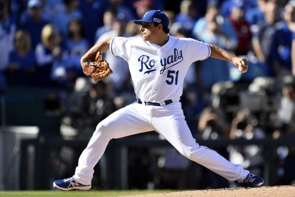 KANSAS CITY, Mo. — Jason Vargas threw a complete-game shutout as the Kansas City Royals won a challenge and a game, beating the Cleveland Indians 4-0 on Friday night.  Vargas (7-3), who missed most of last season after having Tommy John surgery in 2015, last had a complete-game shutout... - #City, #Cleveland, #Jason, #Kansas, #Royals, #Shuts, #TopStories, #Vargas