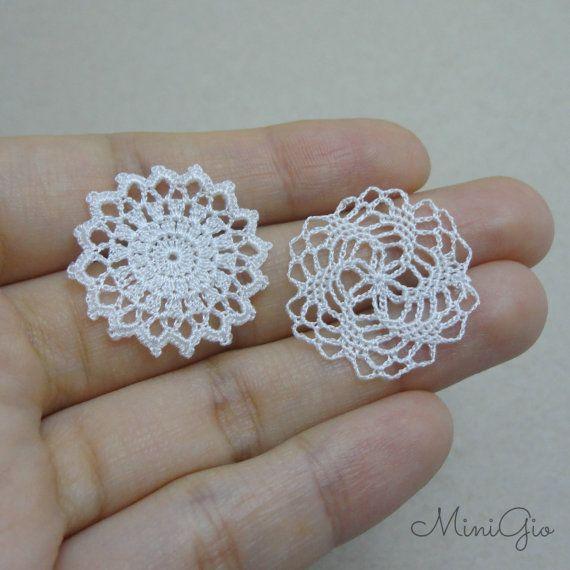 Two miniature crochet star doily, 1:12 dollhouse miniature, white small doily, micro crochet by MiniGio