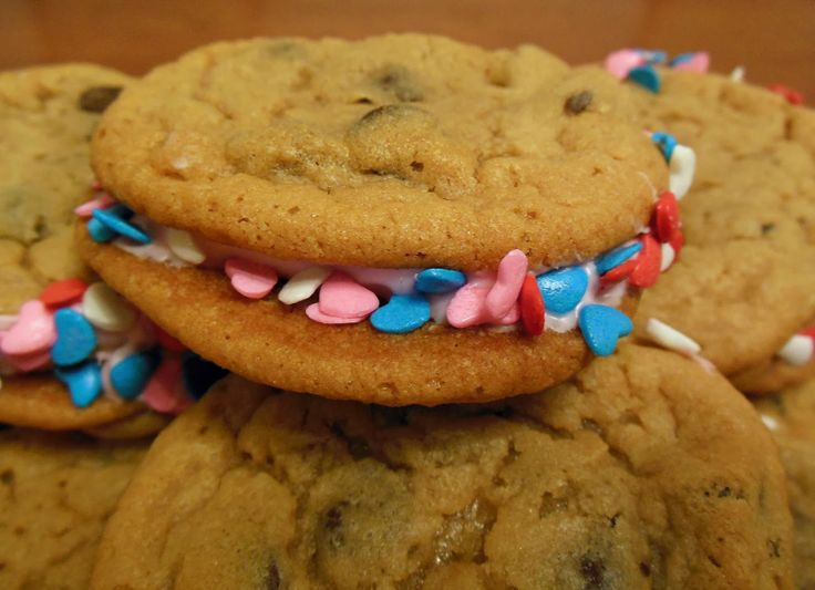 Copy Cat Recipe To Make The Double Doozies From Great American Cookie Company