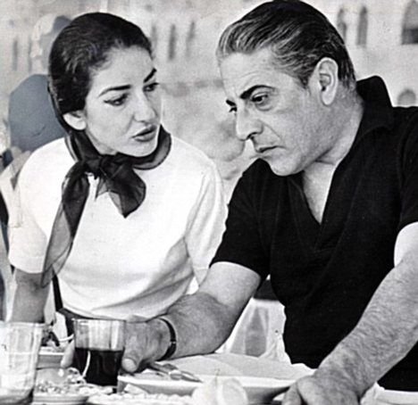 Imagen de http://www.duna.cl/media/2015/03/Onassis-Callas.jpg.