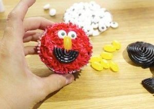 Cupcakes de Elmo para cumpleaños | Blog de BabyCenter por @Pilar Diaz Suarez Diaz Suarez Hernandez-Enmicocinahoy