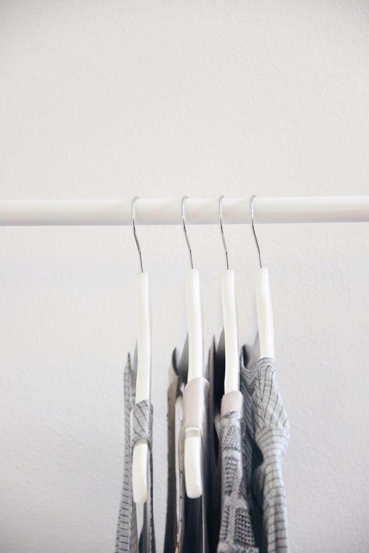 Wieso nicht ein neues Oberteil in bester Qualität kaufen? Das auch nach mehreren Waschdurchgängen so aussieht, als hätte man es gerade erst gekauft ? Sieh dich bei arrivato.net um und finde tolle Teile, die aus bestem Jersey gefertigt worden sind. Das Beste: Alle Produkte werden regional und nachhaltig in unserer hauseigenen Ledermanufaktur hergestellt | arrivato | Fair Fashion | Mode | Ledermode | Sustainable Fashion