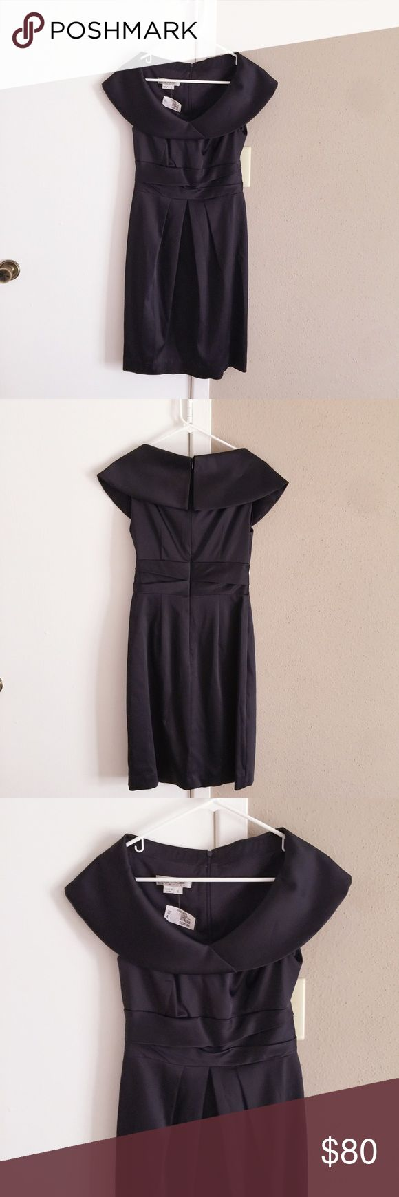 "NWT Kay Unger stain navy blue cocktail dress. NWT Kay Unger stain navy blue cocktail dress. Size: 4. Length: 38"". Waist: 26"" to 27.5"". Brand new with the tag. Kay Unger Dresses"