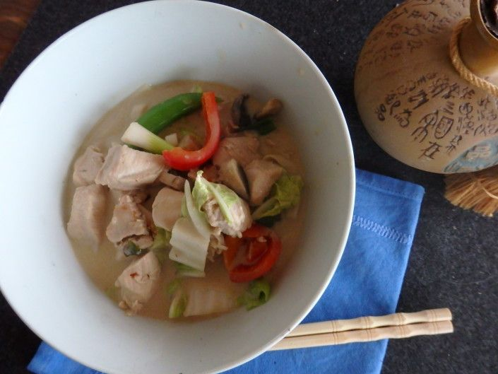 Chicken tom kha gai - a classic thai dish with an unbelievable taste! www.icookkitchen.no