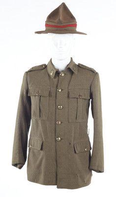 Military uniform, Wellington Infantry Regiment, WWI ; 1917-1918; PC001008 - Museum of New Zealand Te Papa Tongarewa on NZMuseums