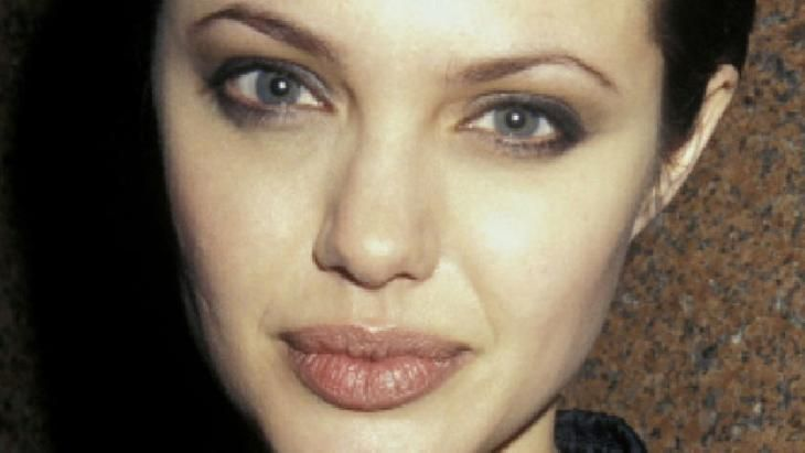 Angelina Jolie Video From The Time She Was A Heroin Addict, Made Public For The First Time
