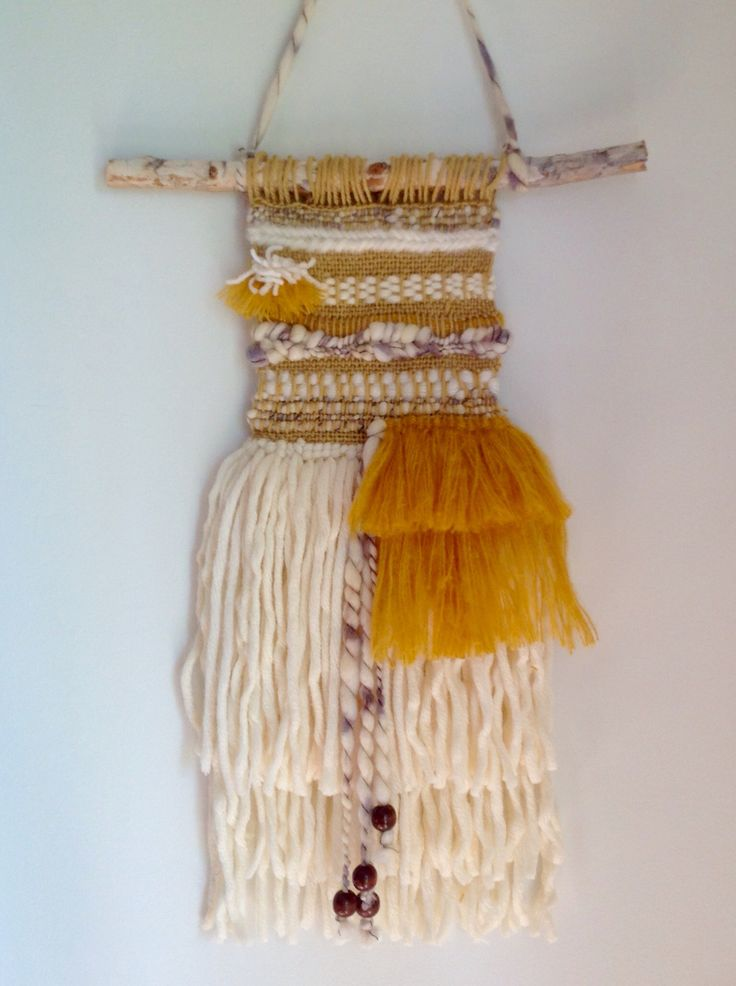 A Dor able Design || hanging wall weave / weaving / woven wall hanging