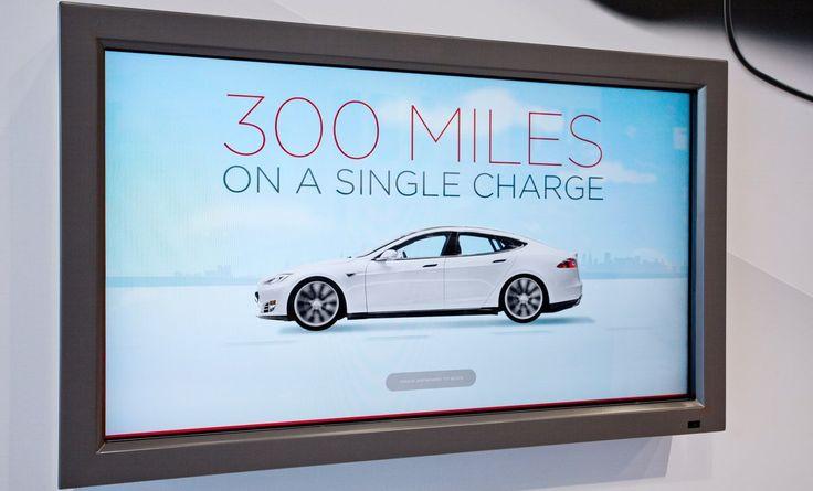 Tesla może pochwalićsięnajlepszymi zasięgami jeśli chodzi o samochody elektryczne. 500-600 km na jednym ładowaniu robi wrażenie. #tesla #supercharger