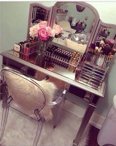 Totally organised glass dressing table ! Visit www.melodymaison.co.uk  for irresistible mirrored furniture