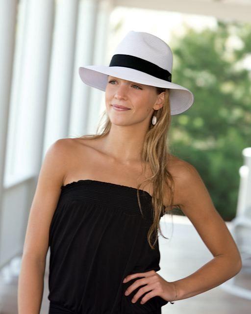The Safari hat - so dapper! #fashion #style