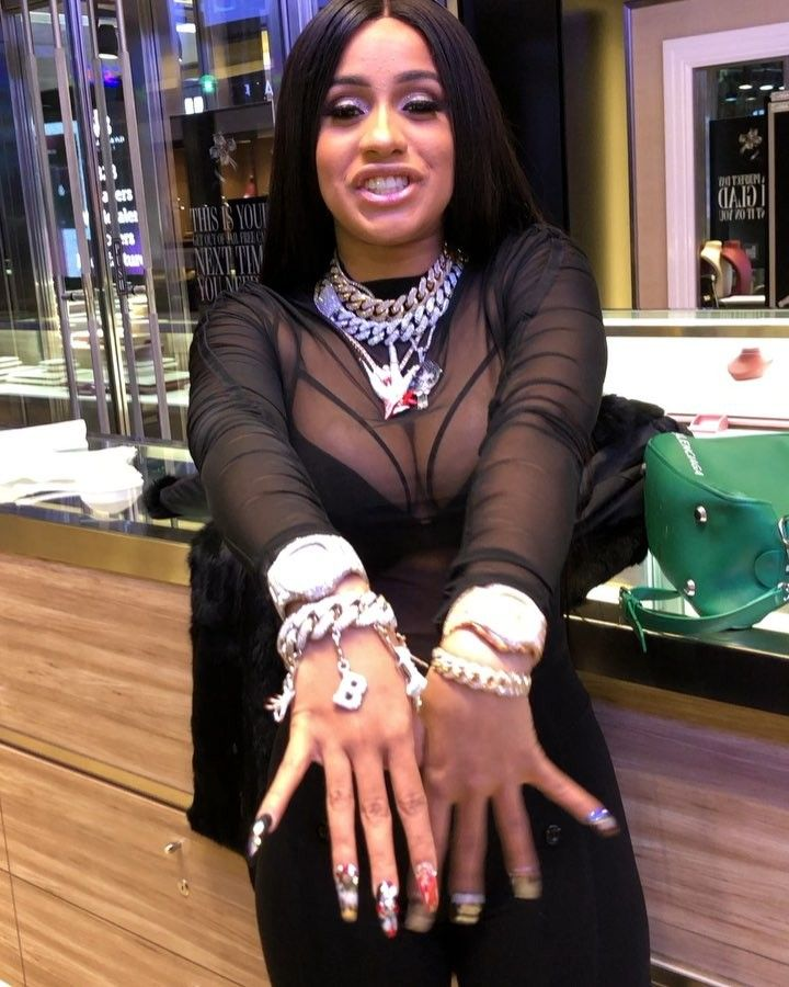 "Cardi B Official IG on Instagram: ""My new Items are from @pristine_jewelers Thanks @pristine_jewelers for the best quality and prices .HAPPY BIRTHDAY to me ❤️❤️❤️ outfit…"""