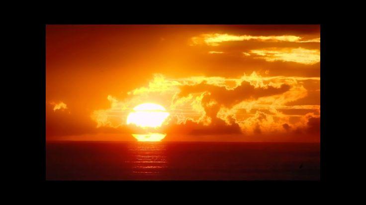Que el eterno sol te ilumine, y el amor te rodee, y la luz pura interior guíe tu camino. Sat Nam. Siri Wahe Guru!