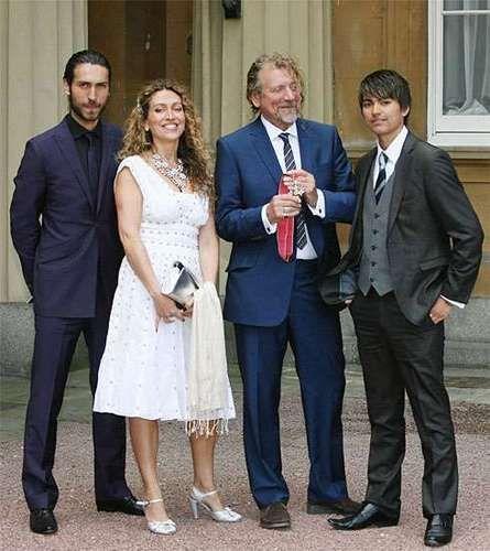 Sir Robert Plant | Led Zeppelin | with his kids Logan, Carmen & Jesse