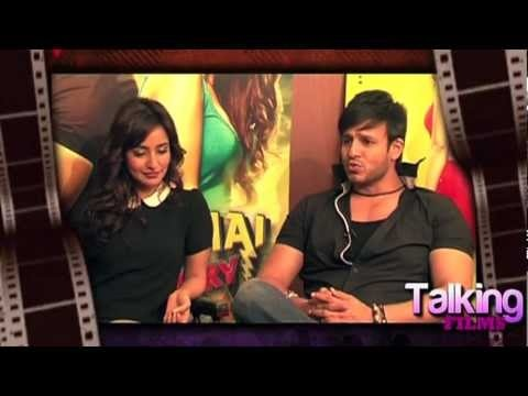 Vivek Oberoi and Neha Sharma, in this second part of their Bollywood Hungama exclusive interview with Content Head Broadband Faridoon Shahryar, talk about their film 'Jayanta Bhai Ki Luv Story'. Neha speaks about the music of the film whereas Vivek talks about his favourite scenes and also says that if he was offered Manya Surve's role in Sanjay...