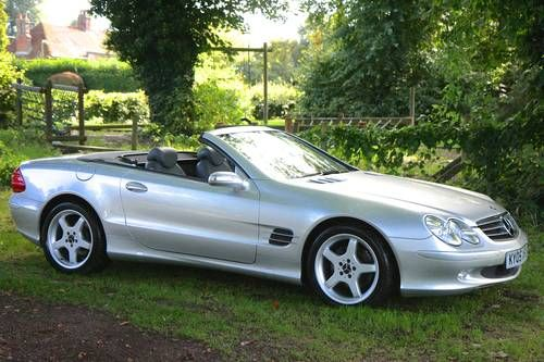 Mercedes SL 350 High spec with Full MB service History (2005) (picture 1 of 6)