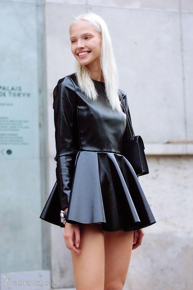 schwarzes Leder Skaterkleid, schwarze Leder Umhängetasche für Damen